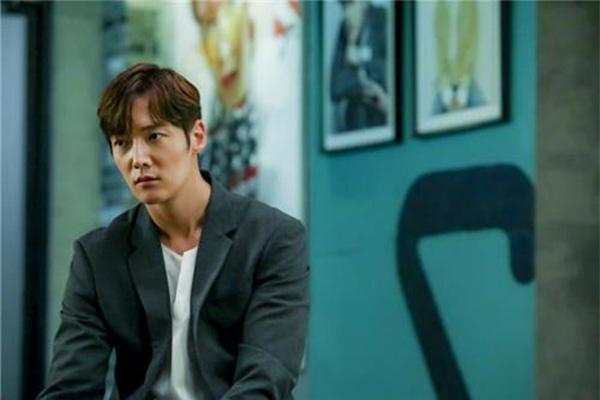 Aktor Choi Jin-hyuk Hentikan Aktivitas Setelah Tertangkap Langgar Protkes COVID-19 Korea
