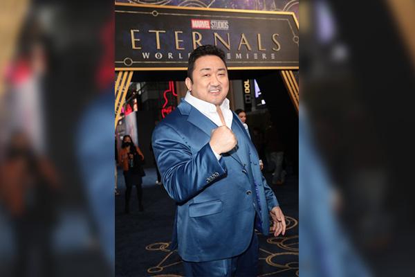 """Don Lee Hadiri Penayangan Film """"Eternals,"""" Aktor Superhero Korea Pertama di MCU"""
