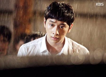 Chansung 2PM akan melakukan debut aktingnya untuk pertunjukan teater