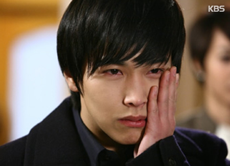 Sungmin 'Super Junior' Absen dari Konser SMTOWN