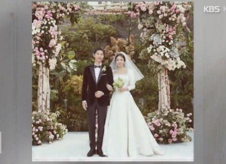 Song Joongki dan Song Hyekyo Resmi Menikah