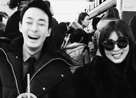 Jeon Tae Soo, adik aktris Ha Ji Won meninggal dunia