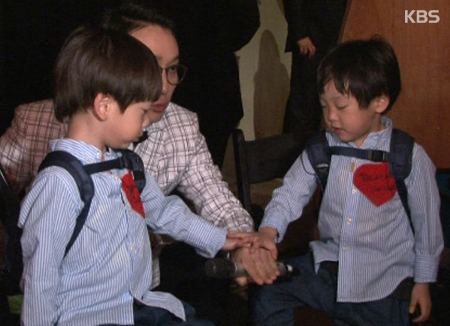 Lee Hwi Jae dan si kembar Seo Eon & Seo Jun hengkang dari 'The Return of Superman'