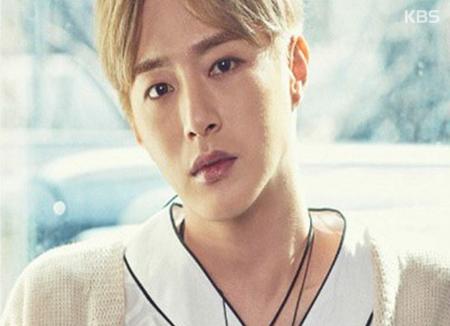 Serangan jantung, Minwoo anggota grup 100Percent meninggal dunia