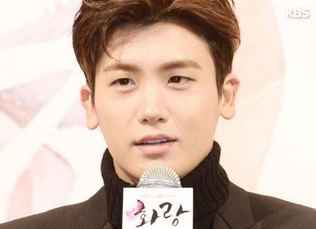 ZE:Aヒョンシクが歌ったドラマ『花郎』サントラ 16日の放送で初公開