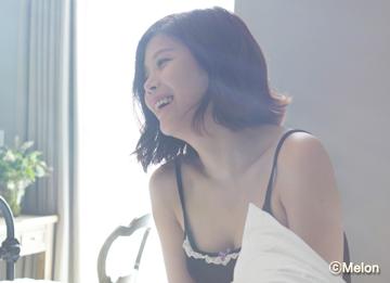 Sängerin Lyn heiratet und veröffentlicht Live-Album