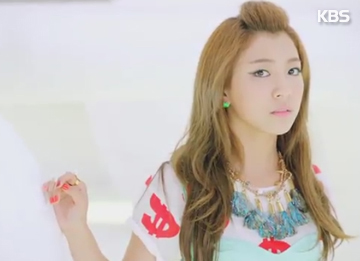SM Entertainment bestreitet Liebesgerüchte um Luna von f(x)