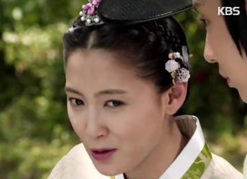 Schauspielerin Nam Sang-mi im Babyglück
