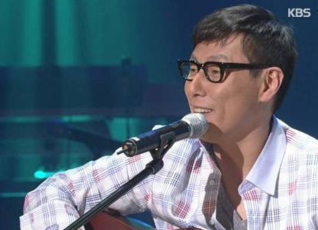 Yoon Jong-shin va se produire en tant que parolier