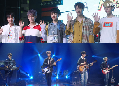 De nombreux groupes d'idoles savent jouer d'un instrument de musique