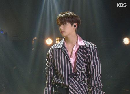 Jong-hyun de SHINee va publier un recueil de photos
