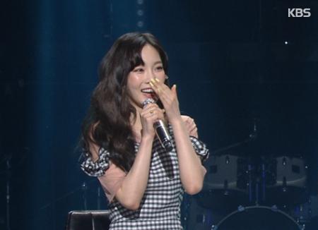 Taeyeon veröffentlicht Bilder ihres zweiten Konzerts