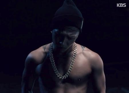 عدد مشاهدات الفيديو الموسيقيي لأغنية تيه يانغ يتجاوز 100 مليون
