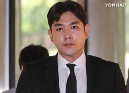 الشرطة تستدعى كانغ إين بتهمة الاعتداء على حبيبته