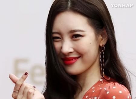 Sunmi veröffentlicht diesen Monat ihre neue Single