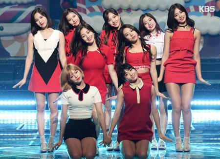 Twice standen insgesamt 35 mal auf dem Spitzenplatz