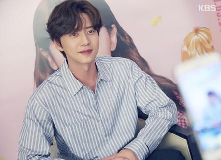 Schauspieler Park Hae-jin eröffnet Weibo-Konto für chinesische Fans