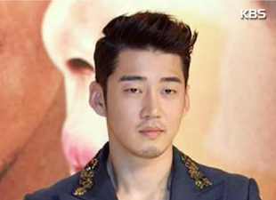 Yoon Kye-sang Admitted Into Hospital For Meningitis