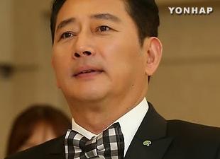 Jeon Gwang-ryul, ngôi sao Hàn Quốc tại I-rắc làm từ thiện