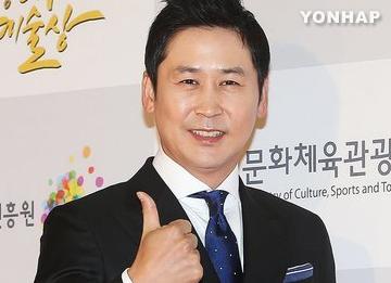 Yoo Hee Yeol, Shin Dong Yup y Sung Si Kyung conducirán los premios KBS Entertainment 2014