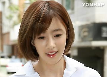 Anggota T-ara lainnya yang melakukan debut solo: Eunjung!