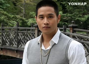 """Administración de Personal Militar: """"Yoo Seung Jun no nos contactó desde 2002"""""""
