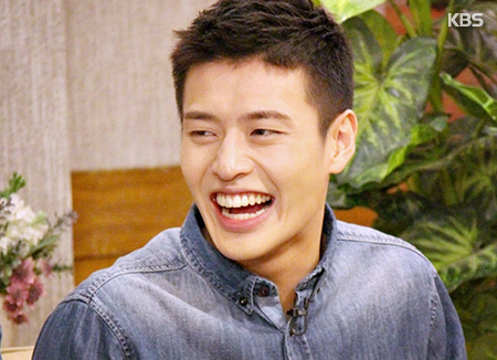 Actor Kang Ha-nuel To Enlist In Military This Year