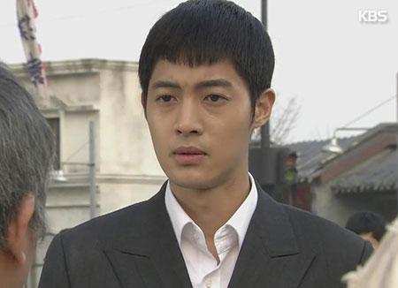Singer/actor Kim Hyun-joong to release solo EP