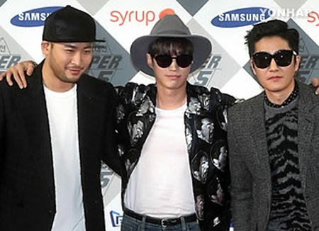 Epik High desearía colaborar con TWICE y Sung Si Kyung