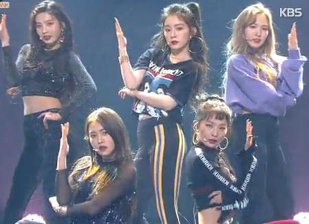 Red Velvet conquista la lista de álbumes mundiales de Billboard