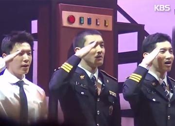 Chang-min (DBSK), Dong-hae và Choi Si-won (Super Junior) hoạt động tuyên truyền chống tệ nạn xã hội
