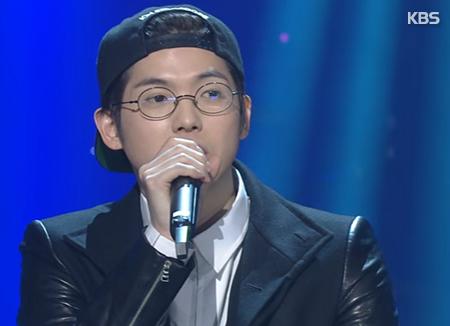 Mad Clown hợp tác với nam ca sĩ Nhật Bản starRo