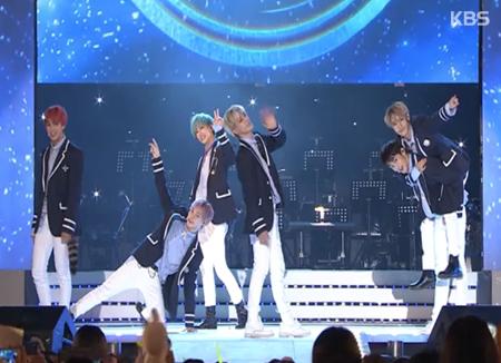"""NCT DREAM lập thành tích khủng trên bảng xếp hạng iTunes với sản phẩm mới """"Go"""""""