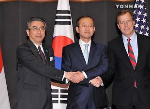 Séoul, Washington et Tokyo menacent Pyongyang de nouvelles sanctions en cas de provocations