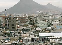 Park Geun Hye visita el Complejo Industrial Nacional de Gumi