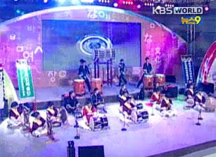 """韩日举行2020年友好庆典活动 主题为""""结为一体向前进"""""""