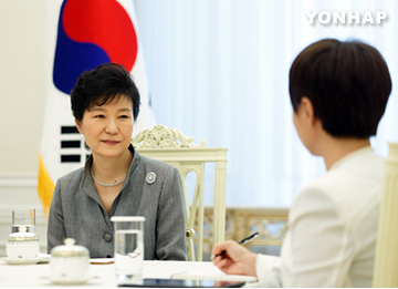 Tổng thống Hàn Quốc hy vọng hai miền liên Triều tiếp xúc cấp cao