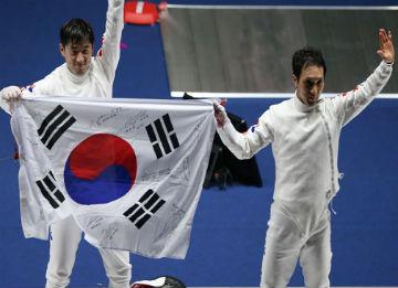 S. Korea Wins Gold in Fencing Team Events, Men's Judo Team Events