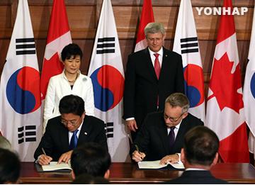 Südkorea und Kanada unterzeichnen Freihandelspakt