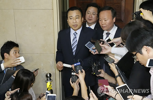 Ruling, Opposition, Families Meet to Discuss Special Sewol Law