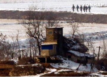 北韩要求韩国军停止向北韩军进行警告射击