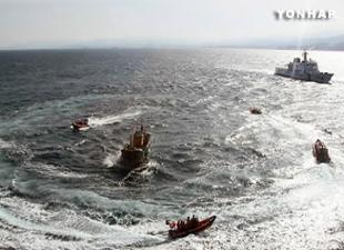 海洋警备安全本部截获15艘无照非法作业中国渔船