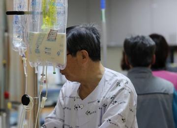 高齢者の医療費が全体の4割に 国民健康保険