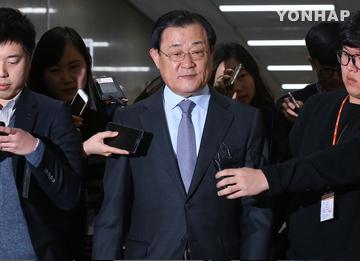 李丙琪氏、週明けに取り調べ  朴被告の裏金疑惑