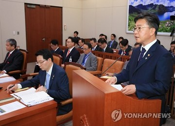 Unification Minister: Sanctions on N. Korea Remain Top Priority