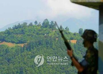 軍事境界線越え韓国へ亡命相次ぐ また北韓軍兵士1人