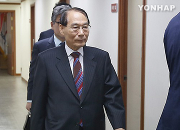 """김만복 """"기권 결정, 북한에 미리 알려줬는지 여부는 국가기밀"""""""