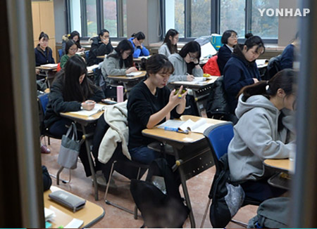 今年高考切实反映教育课程内容 国文考试易于9月模拟考