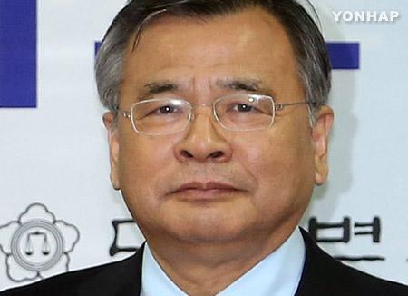 朴大統領 特別検察官に朴英洙弁護士を任命