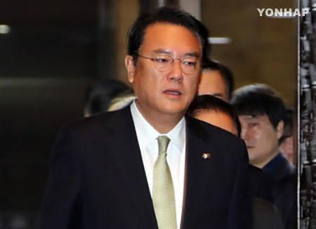 与党 朴大統領の辞任「来年4月」の方針で一致